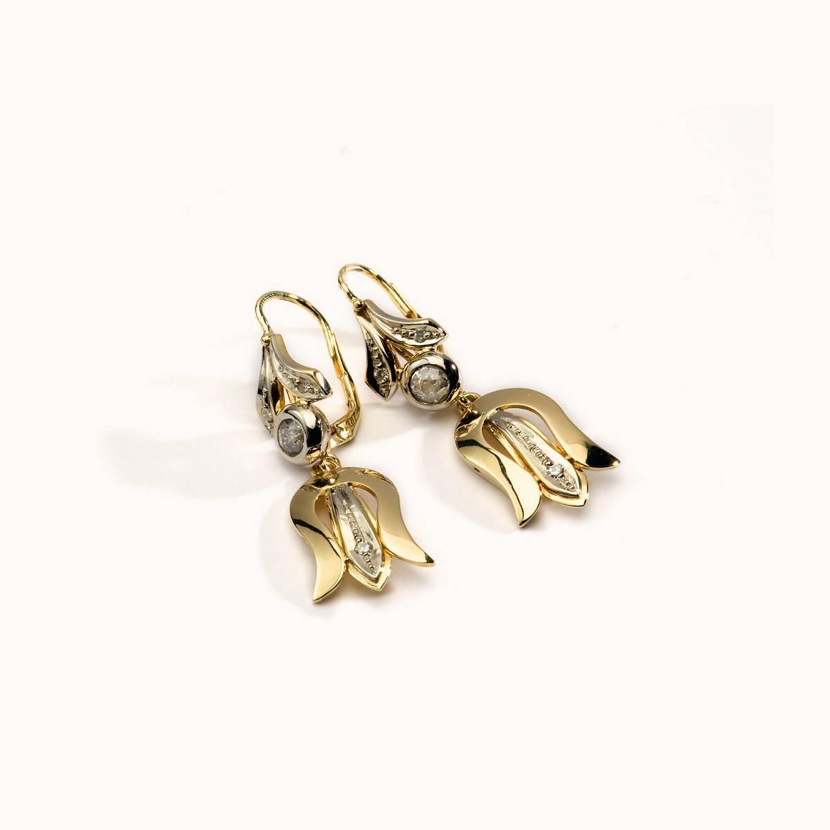 14 karátos sárga-fehér arany fülbevaló gyémantokkal